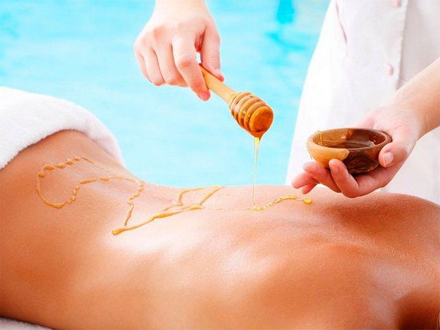 Медовый массаж принесет массу пользы для организма