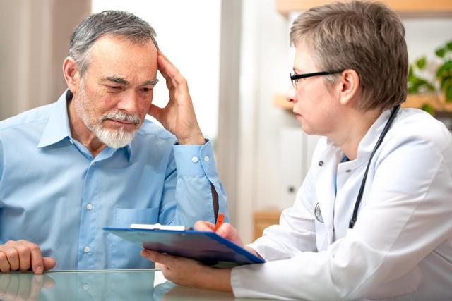 Обязательно посещайте врача-онколога в профилактических целях: это избавит вас от сильных страданий в дальнейшем