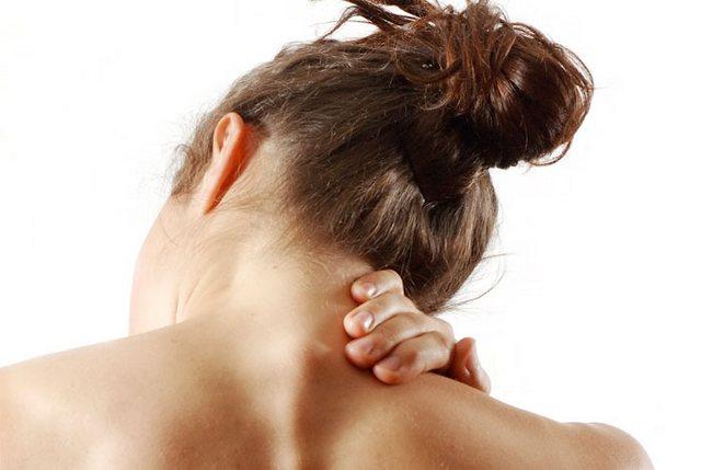 Боль в шее - скверное дело, и от нее нужно избавляться как можно быстрее