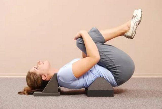 Выполнение специальных упражнений постепенно избавит вас от грыжи, в целом укрепив ваш организм