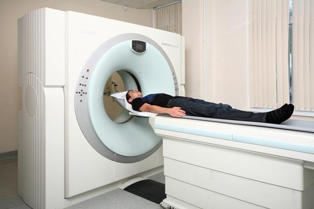 КТ – также прекрасный способ, всего лишь немного уступающий МРТ в плане полноты информации
