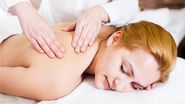 Какие нужно делать массаж при позвоночной грыжи thumbnail