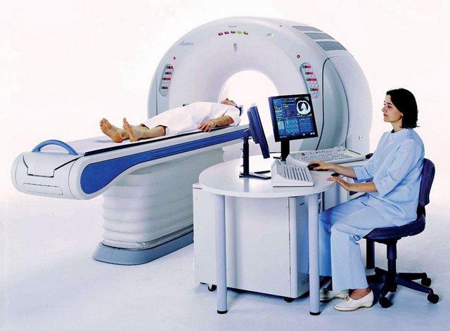 Компьютерная томография поможет определить первичные признаки рака позвоночника