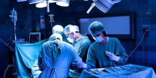 Хирургическая операция – это крайний выход из ситуации, который может помочь победить болезнь