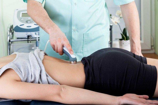 При ущемленном нерве в пояснице физиотерапия станет отличным методом лечения