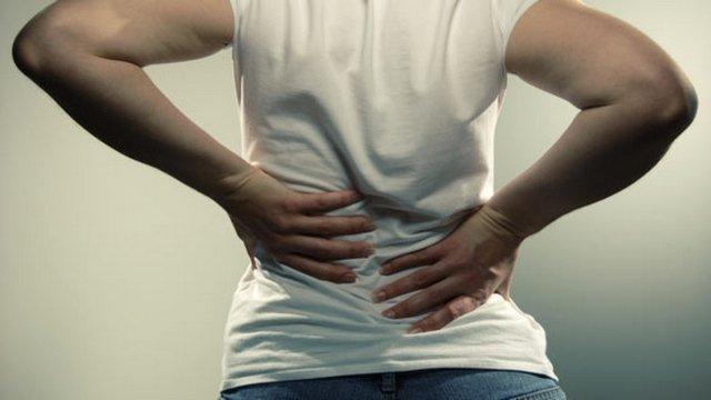 Сорвать спину может абсолютно каждый человек из-за резкого неаккуратного действия