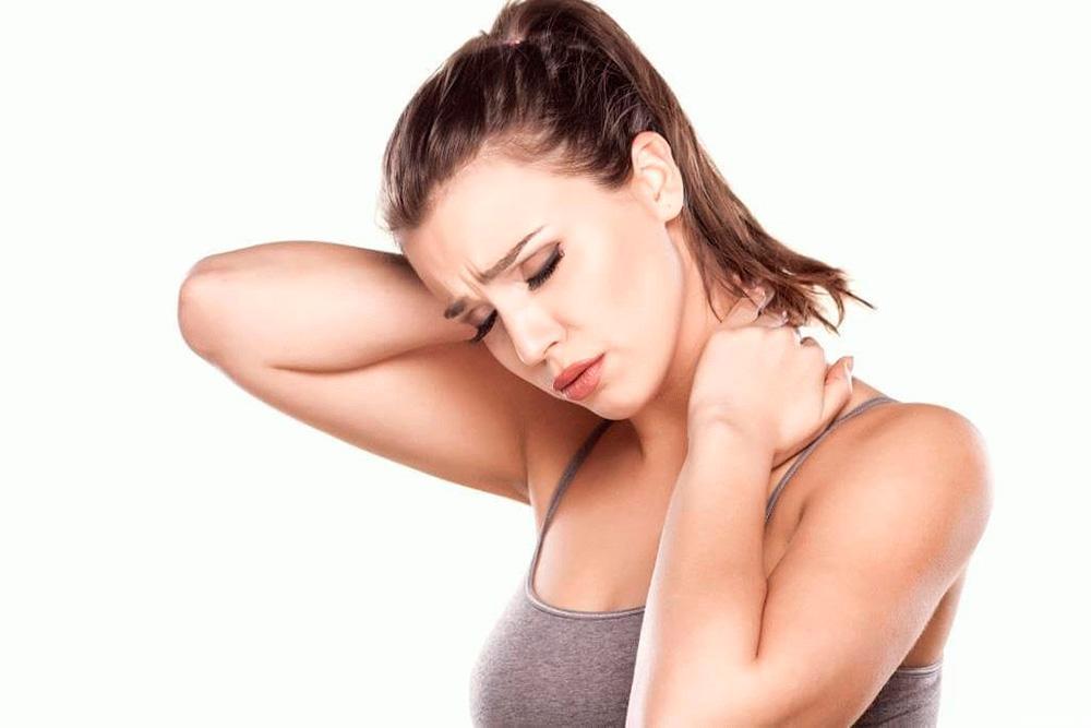 Гимнастика для лечения шейного остеохондроза в домашних условиях: упражнения и фото