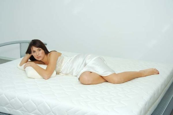 Даже полноценный восьмичасовой сон может быть не таким полезным, если вы спали в неудобном положении