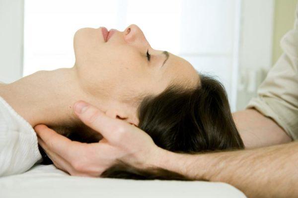 Головные боли стихают только после расслабления и принятия положения лежа