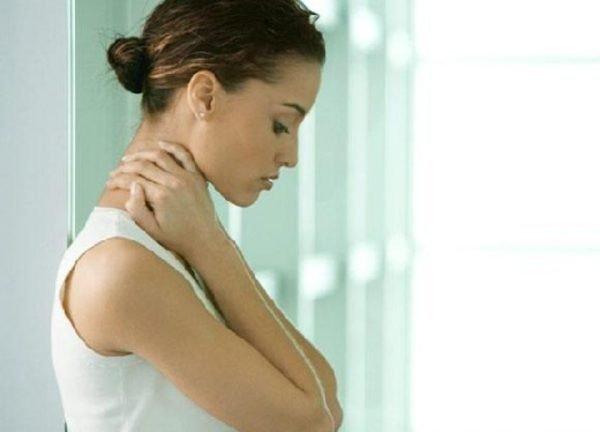 Как избежать защемления шеи