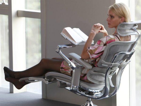 Кресло офисное ортопедическое с поясничной поддержкой