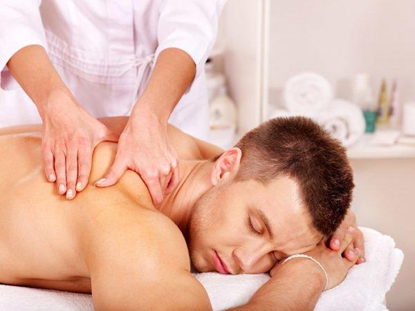 Массаж помогает восстановить тонус мышц