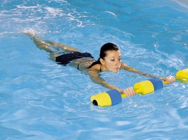 Плавание эффективно на начальных этапах заболевания