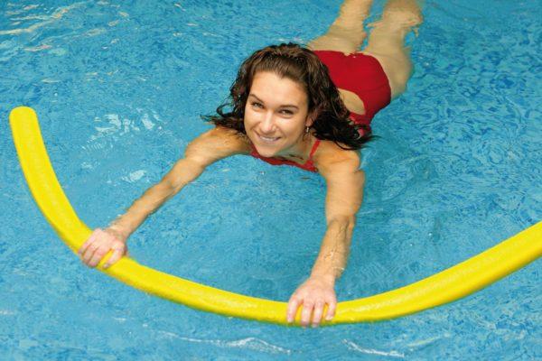 Плавание помогает быстрее восстановиться после травмы