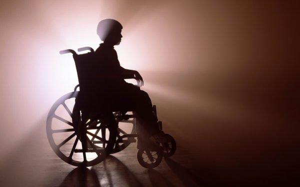 Проблемы с позвоночником грозят полной потерей подвижности