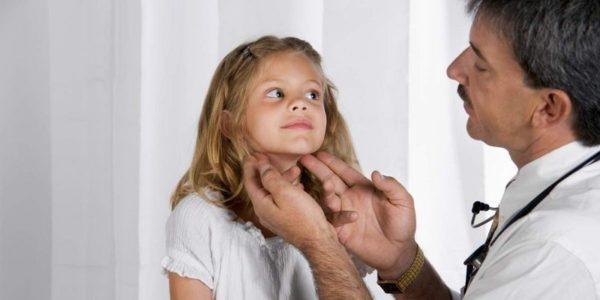 Радикулит может развиться даже у детей, часто болеющих простудными заболеваниями
