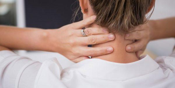 В большинстве случаев шейный радикулит возникает из-за сопутствующего заболевания или какой-то патологии в шейном отделе позвоночника