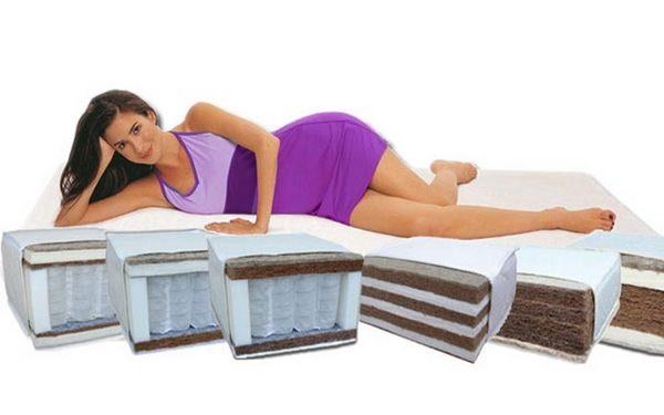 Важно выбрать тот уровень жесткости, который будет помогать расслаблять мускулатуру, а не напрягать ее
