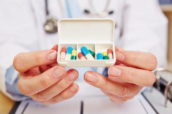 Врач назначит лекарства в зависимости от состояния пациента и причин заболевания