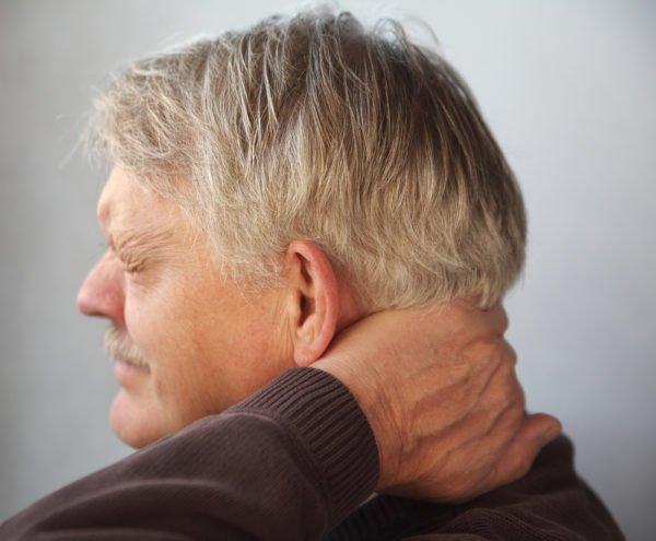 Болезненные ощущения локализуются в шейной области или затылке