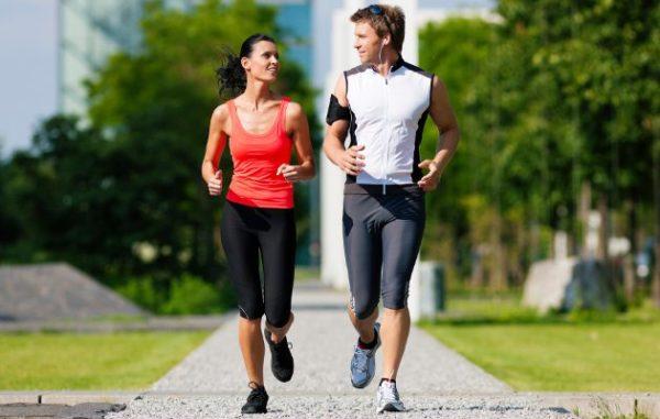 Умеренная, но регулярная физическая нагрузка поможет избежать проблем со спиной
