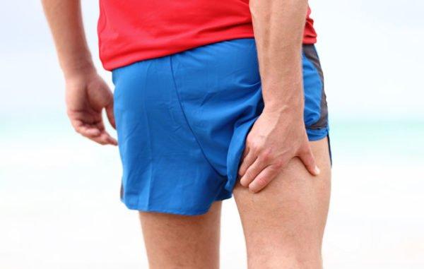 Обычно боль локализуется в бедре с какой-то одной стороны тела