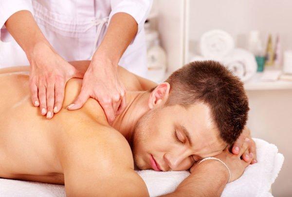 Массаж полезен при заболеваниях позвоночника