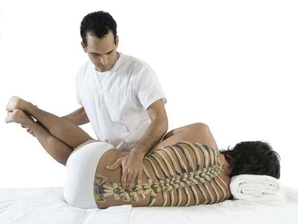 Обращайтесь к проверенному мануальному терапевту