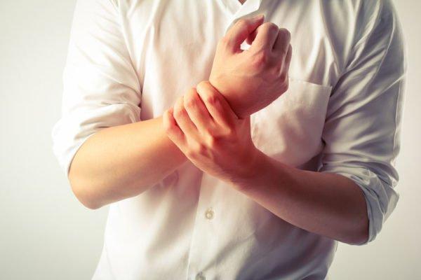 Онемение рук - один из симптомов