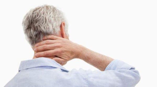 Остеохондроз может развиваться из-за естественного старения организма