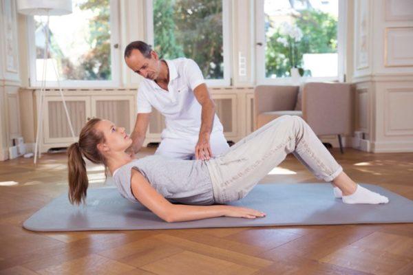 Перед выполнением комплекса ЛФК при поражении поясничного отдела остеохондрозом необходимо подобрать подходящие упражнения и составить план
