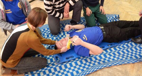 Первая помощь при повреждении шейного отдела позвоночника