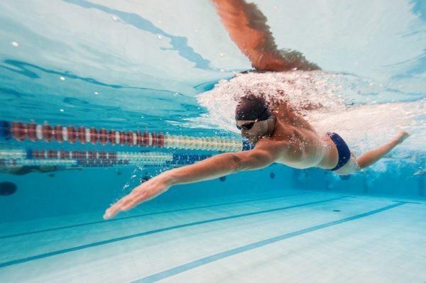 Плавание очень полезно