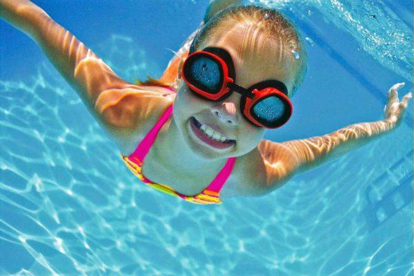 Плавание поможет восстановить мышцы