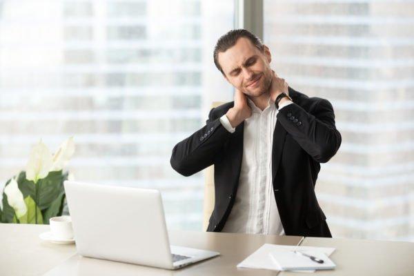 При малоподвижном образе жизни остеохондроз рецидивирует