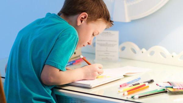 Проблемы с осанкой наблюдаются преимущественно у школьников