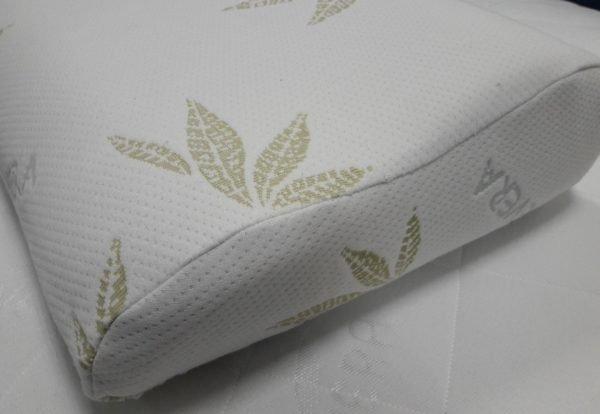 Рекомендуется выбирать подушку светлых оттенков