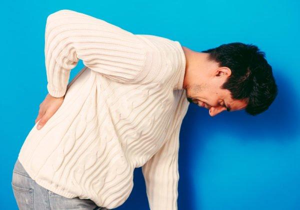 Люмбалгия - следствие других болезней позвоночника или внутренних органов