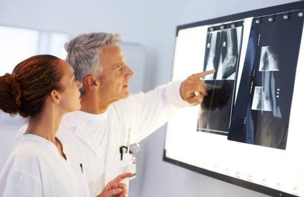 Врач поставит диагноз на основании внешнего осмотра и результатов исследований