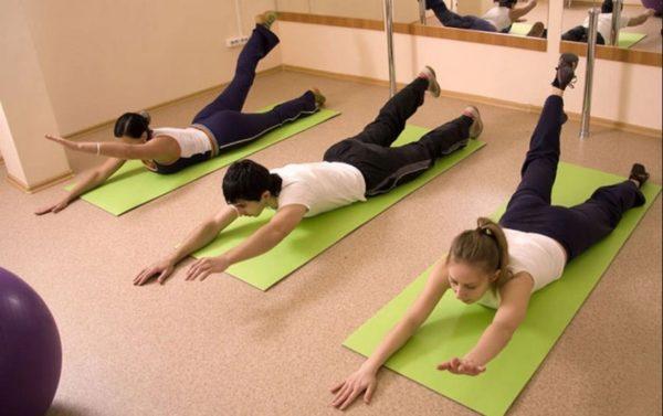 Все упражнения условно разделены на две группы