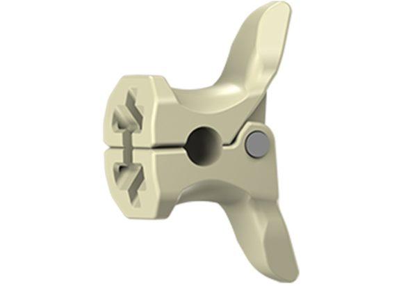 Оперативное лечение проводится с помощью введения между остистыми отростками специальных имплантов - спейсеров