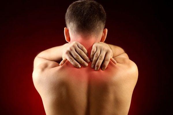 Боль усиливается при движениях