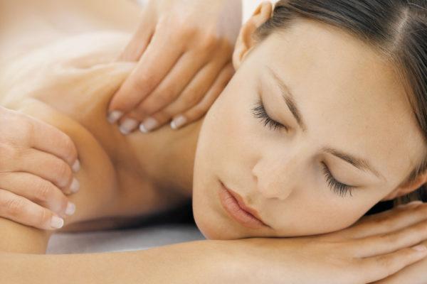 Если при массаже появится боль в шее, необходимо прервать процедуру