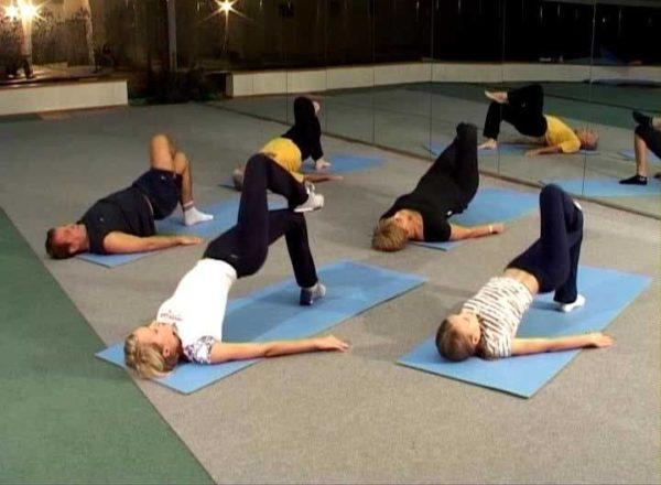 Эти упражнения укрепляют мышечный корсет