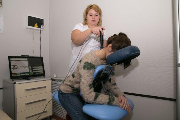 Физиотерапия является важной частью комплексного лечения спондилоартроза
