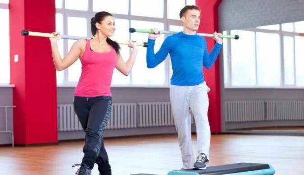 Гимнастическая палка для занятий спортом дома