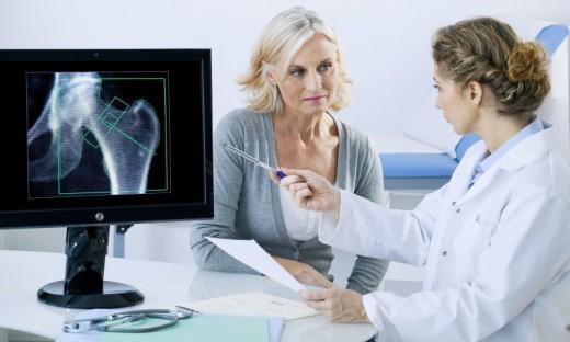 В целях профилактики заболеваний костей рекомендуется проходить денситометрию раз в 2-3 года