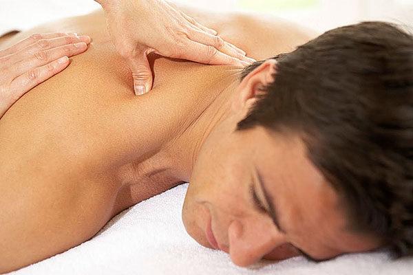 Под действием массажа снимается спазм, улучшается циркуляция крови