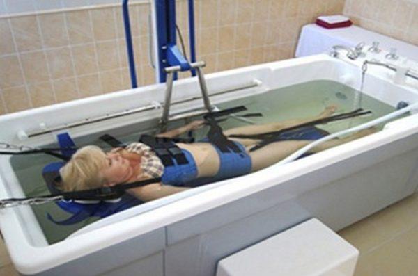 Подводная тракция более приятна для пациента