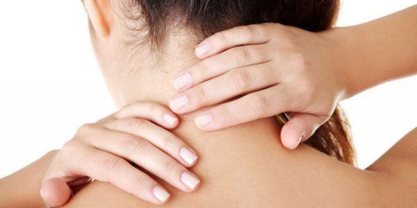 Регулярный самомассаж помогает снять напряжение с шейных мышц и улучшить кровоснабжение тканей, что препятствует развитию различных патологий в шейном отделе позвоночника